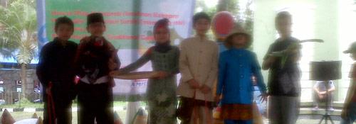Barudak sakola SD Darul Hikam anu ngiluan Sundanese Days