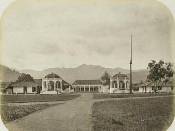 Kantor Bupati Sumedang dina taun 1880-an