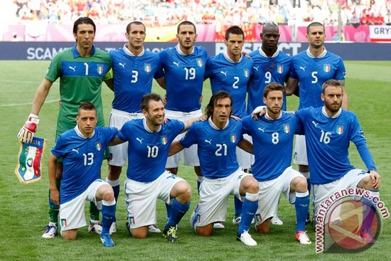 Tim mengbal nagri Itali