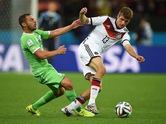 Tatandang tim Jerman ngalawan tim Aljazair