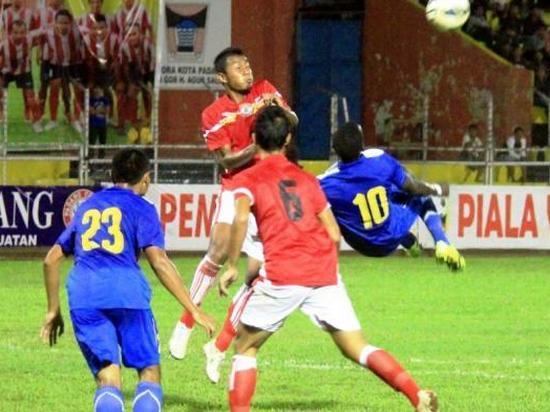 Gul Makan Konate ngaliwatan Balik Bandung