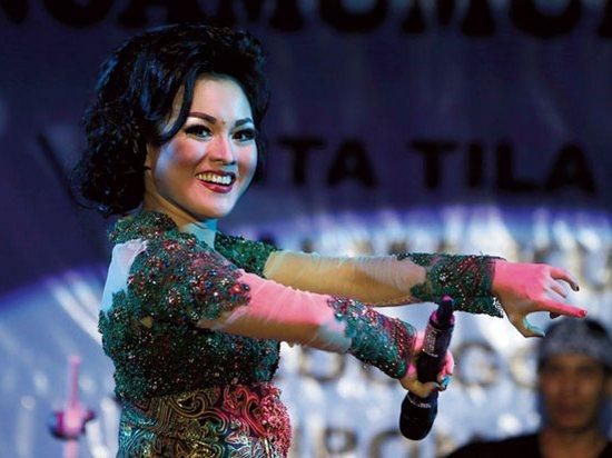 Miéling Poé Basa Indung Sadunya 2015 Padépokan Seni Mayang Sunda