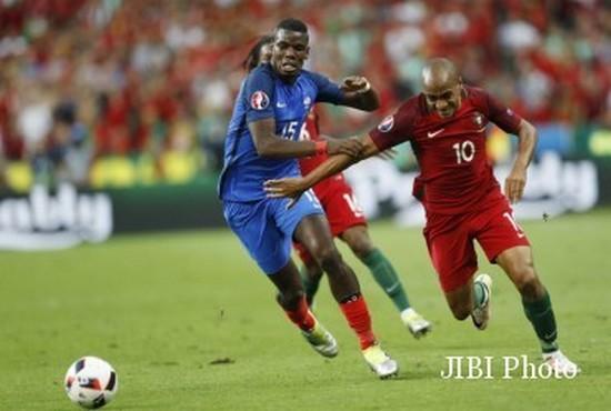 Tatandang di undakan puncer Piala Eropa 2016 antara Perancis ngalawan Portugal